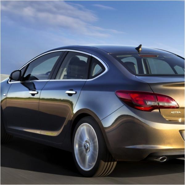 KS1064 - Zierleiste Fensterleiste Geeignet für Opel Astra J SD ab 2010-